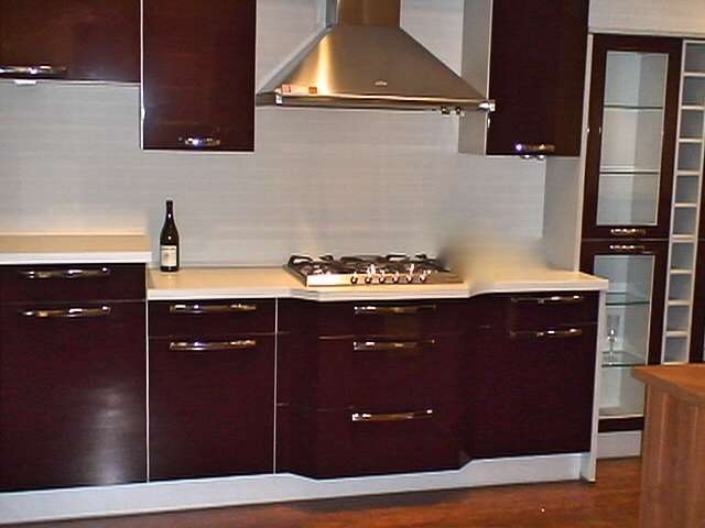 Nobilia german claret high gloss kitchen with smeg for German kitchen appliances manufacturers