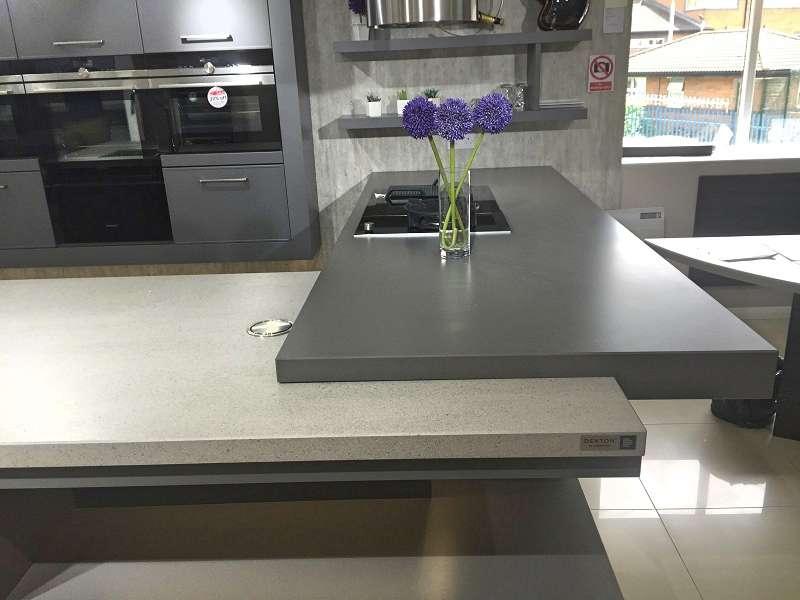 Hacker av5020 kitchen matt lava grey wine red with - Silestone showroom ...