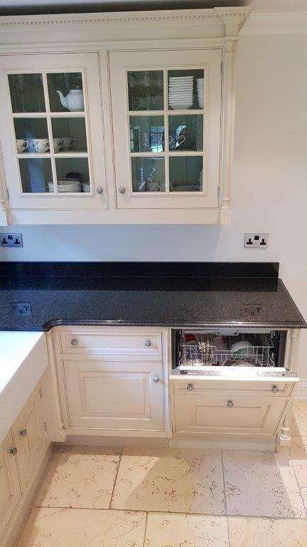 Smallbone Pilaster Shaker Kitchen