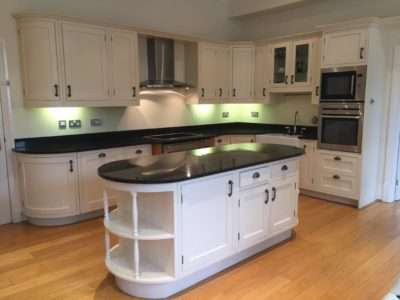Large Cream Shaker Country Style, Solid Wood Door Kitchen. 30mm Black Cloud Granite, AEG Appliances