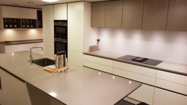 Poggenpohl Goldreif White & Fango Grey with 20mm Caesarstone Oyster Worktop Siemens Appliances, Quooker Hot Tap