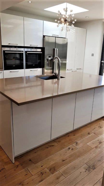 Rational Puro White High Gloss Kitchen Quarella Composite