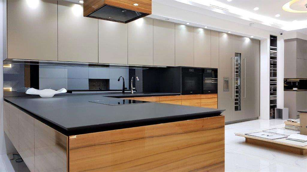 Warendorf Ex Display Kitchen Aluminium An Bookmatched Tineo Wood Veneer Dn Sirius Worktops