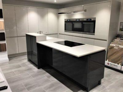 Mackintosh Large Integral Gloss Cashmere Handleless Kitchen Du Pont Corian 20mm Worktops