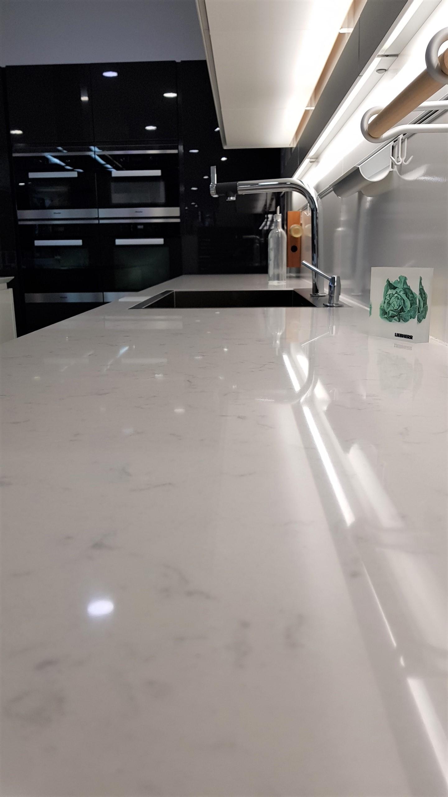 Pronorm Y Lm Kitchen Grey White Matt Gloss Silestone
