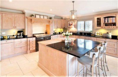 Stunning Stoneham Limed Oak Wood Kitchen