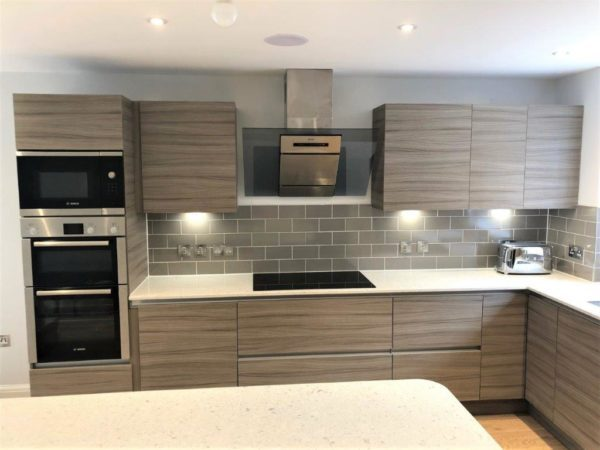 Optiplan Kitchen & Utility Room, Urban Linea & Painted Dorchester Inframe Gun Metal Grey Island, Quartz Worktops & Bosch Appliances