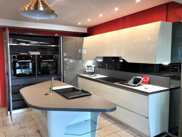 Scavolini Flux Kitchen Island AEG SMEG Appliances