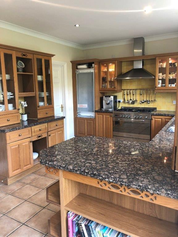 Traditional Country Style Kitchen Granite