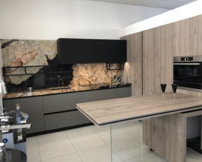 Miton Sincra Kitchen, Rovere Neck & Visone Units, Silestone Sensa Worktops, Bosch Appliances