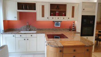 Burbidge Country ream & Oak Painted Timber Shaker Kitchen