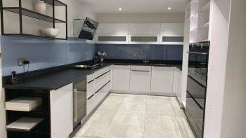 Ex Display Nolte Lack Arctic White & Black Gloss Kitchen