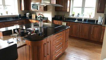 Large Wood Shaker Kitchen, Island & Utility Room