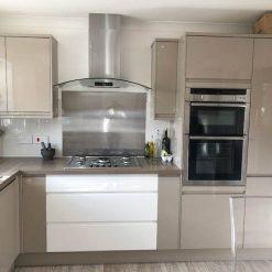 XL Modern White & Mushroom Gloss J Handle Secondhand Kitchen