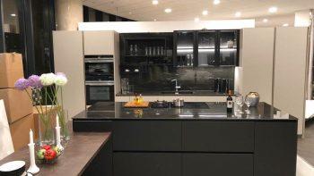 Ex Display Kitchen Miton