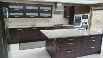 Inframe Shaker Dark Wood Kitchen & Island, Granite & Appliances