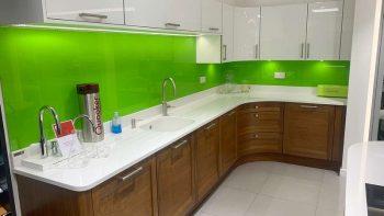 Ex Display Stoneham Walnut & White Gloss Kitchen & Worktops
