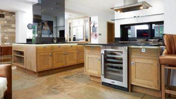 Large Smallbone of Devizes Medium Oak Inframe Shaker Kitchen