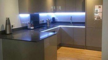 Gloss Cashmere Kitchen with Anthracite Silestone Worktops