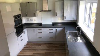 Under 1 Yr Symphony Modern Grey Gloss Kitchen Appliances & Corian Worktops
