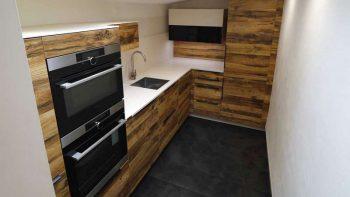 Schmidt Murphy Arcos Wood Effect, Kitchen with Cream Flex Silestone