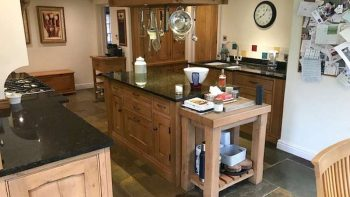 Traditional Country Style Oak & Solid Birch Kitchen & Dresser & Island